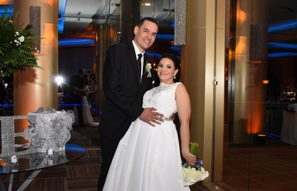 Eva Priscila Camacho Varela y Luis Armando Aguilar Bardales.