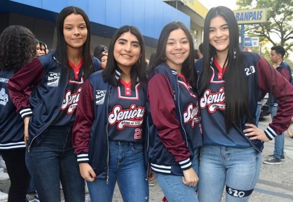 Glenda Borjas, Nazareth Portillo, Lissy Flores y Gloria Molina