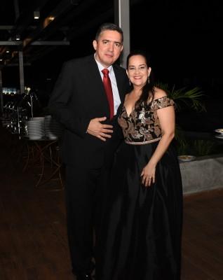 Juan Carlos Bueso y Any de Bueso