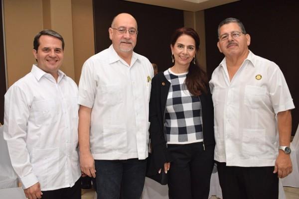 Juan Carlos Gamero, Jorge Sikaffy, Ingrid Amaya y Jorge Bográn.