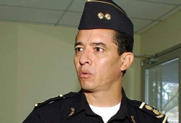 MP captura a comisionado general de policía Leonel Sauceda y su esposa acusados de lavado de activos