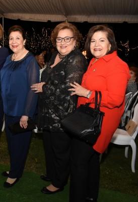 Luisa de Dumas, Ana Lucía Pascua y Elena de Larios