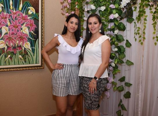 Mariela Licona y Ana Sabillón