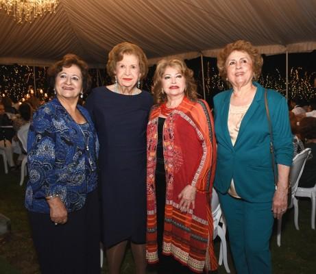 Mery de Handal, Julieta Kattán, Maritza Lara y Doris Sunceri