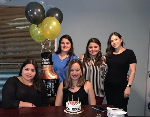 Muy festejada María Fernanda Mitchell en su cumpleaños