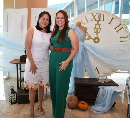 Nancy Carballo y Tania Jaar