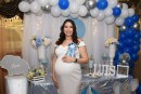 Regalitos en azul para el bebé de Nancy Obando de Paz