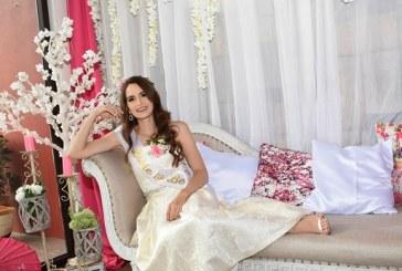 Paola Pineda Kattán despide su soltería con Paris en primavera