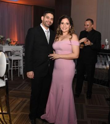 Yankel Valladares y Alejandra Grande