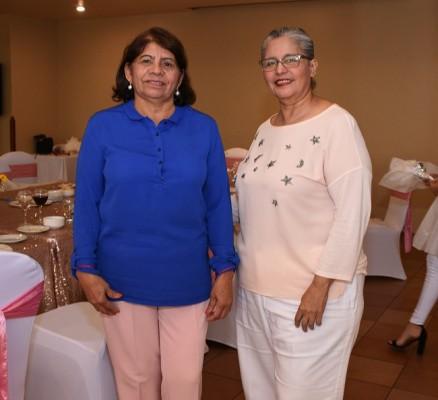Zoila Mejía e Iris Urbizo de Licona
