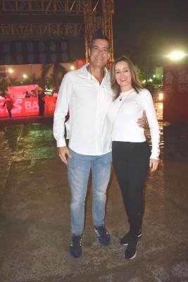 Andrés y Maybelle Egas