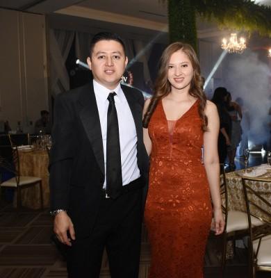 Carlos Calidonio y Lesly Vásquez