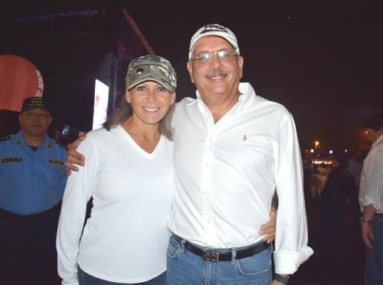 Carol y José Samara.