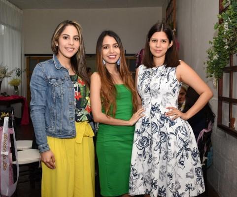 Cinthia Hernández, Nancy de Jaar y Gracia María Vásquez