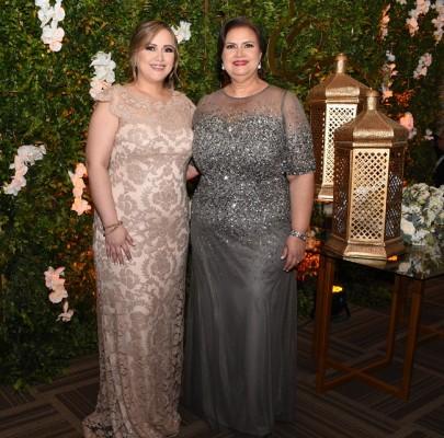 Diana Arely Sánchez de Cárdenas y su madre, Arely Díaz Martínez
