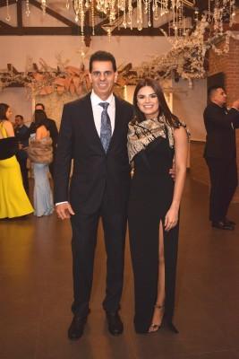 Eduardo y Stephanie Ictech.