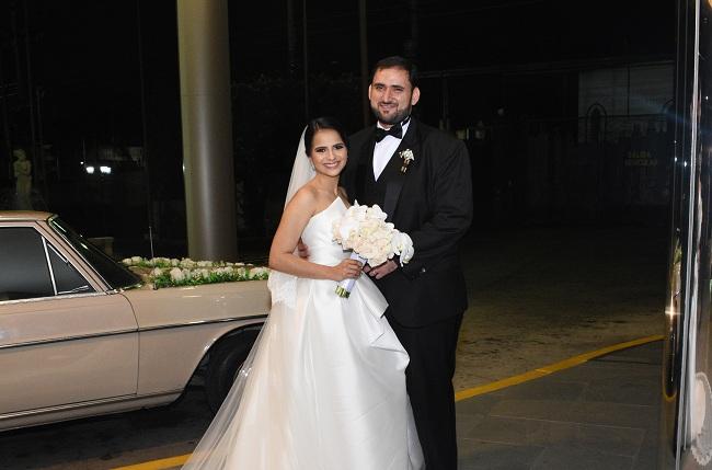 La boda Handal-Perelló: elegancia y romanticismo en estado puro