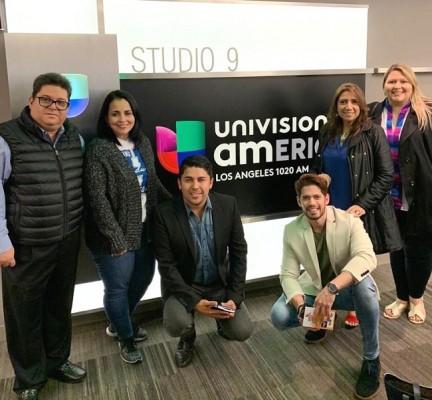 El director Ernesto Pumpo y Expositores del Bazar del Sábado, visitaron las instalaciones de Univision, como parte de la gira de medios para promocionar la feria Expohondureña que se llevará a cabo el próximo sábado 14 de marzo en Los Ángeles, CA.