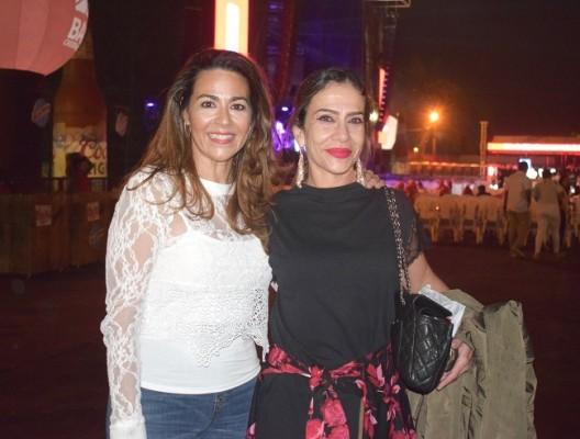 Elena Zsydel y Ana Xiomara Salgado.