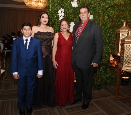 Enrique Daccaret, Elena Daccaret, Odette Daccaret y Henry Daccaret