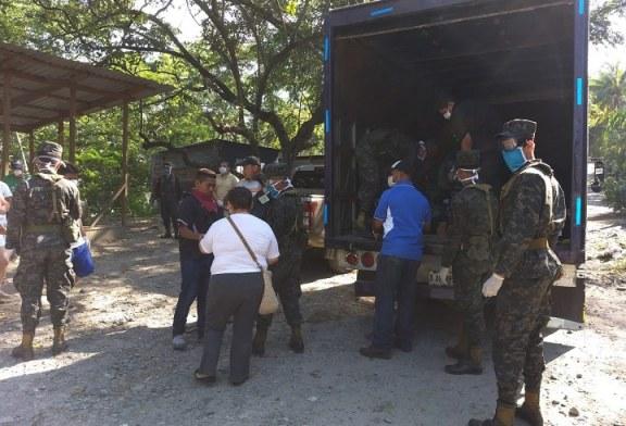 Honduras solidaria: Entregan víveres a familias de bordos en San Pedro Sula