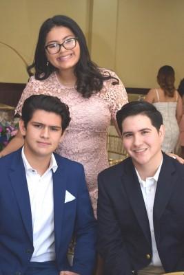 Héctor Chiang, Andrea Díaz y David Hipp.