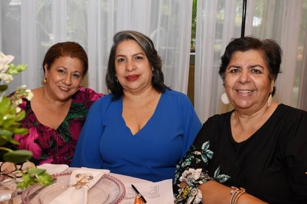 Jackelin Assaf, Patricia de López y Lilian Kawas