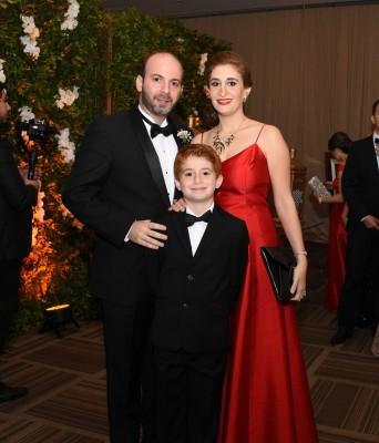 Jorge Canahuati, Nadia de Canahuati y su hijo Jorge Andrés Canahuati