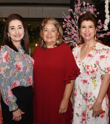 Lety Figueroa de Morales con Neda de Canahuati y Norma de Santos