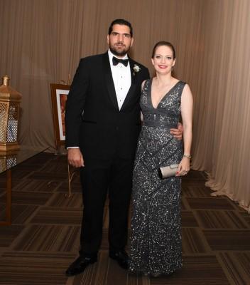 Los padrinos de boda, Jacobo Emilio Handal Vesdiski y su esposa, Nathalie Wolozny-Handal