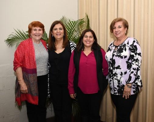 Mery Bendeck, Lizzeth García, Francis Gutiérrez y Rita Simón