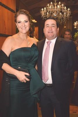 Nora y Jesús Humberto Medina.