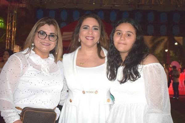 Patricia Carrillo, Joseline Kattum e Ivanna Kattum.