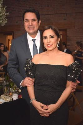 Roberto y Trizia Matuty.