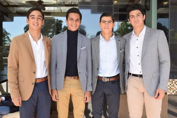 Roger Mondragón, Luis Suárez, Oscar Reyes y Farid Handal.