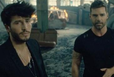 "Sebastián Yatra y Ricky Martin lanzan videoclip del tema ""Falta amor"" (+video)"