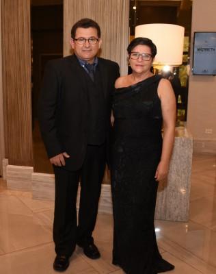 Sergio Erazo y su especial esposa, María Isolina Oviedo de Erazo