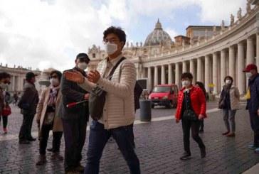 El Vaticano confirma su primer caso de coronavirus y cierra por precaución algunas oficinas