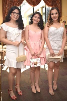 Zue Pineda, Raquel Nuila y Daniella Calderón