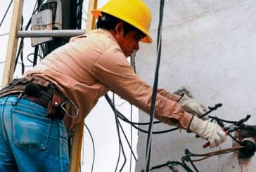 Gobierno ordena suspender cortes de energía durante emergencia por el coronavirus