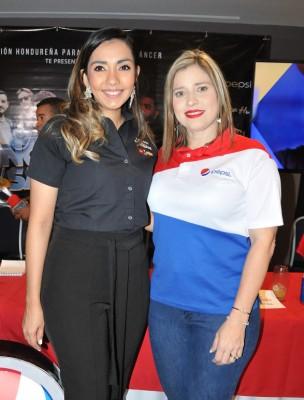 Melissa Villegas con Mariela Villela