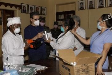 Entregan equipo de bioseguridad a personal sanitario del Hospital del Tórax para enfrentar coronavirus
