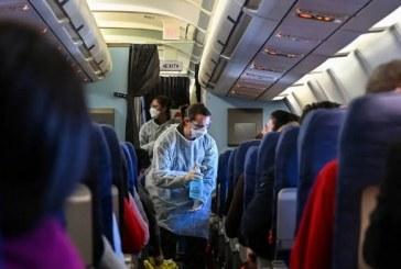 Trump plantea exigir tests de COVID-19 a viajeros de Latinoamérica que ingresen a EEUU