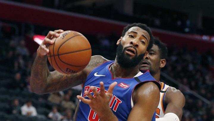 Estrella de la NBA deja propina de 1.000 dólares en restaurante de Florida