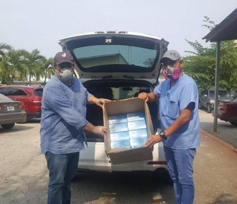 Un grupo de Exalumnos lasallistas se unieron apara apoyar el Hospital Leonardo Martínez