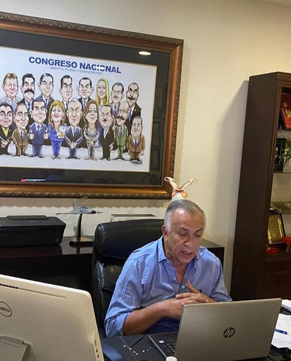 """""""El proceso democrático no puede, ni debe sufrir interrupciones"""" asegura Mauricio Oliva"""