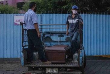Médicos son despedidos por criticar manejo de pandemia en Nicaragua