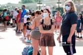 Disney reabre sus puertas en Orlando en momentos en que la pandemia se acelera en Florida