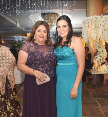 Bonita imagen de Lizeth y Alejandra Aude