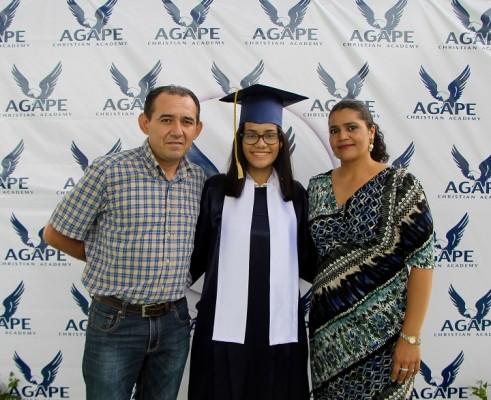 Nelson Lopez , Nubia Lopez, y Nubia Romero